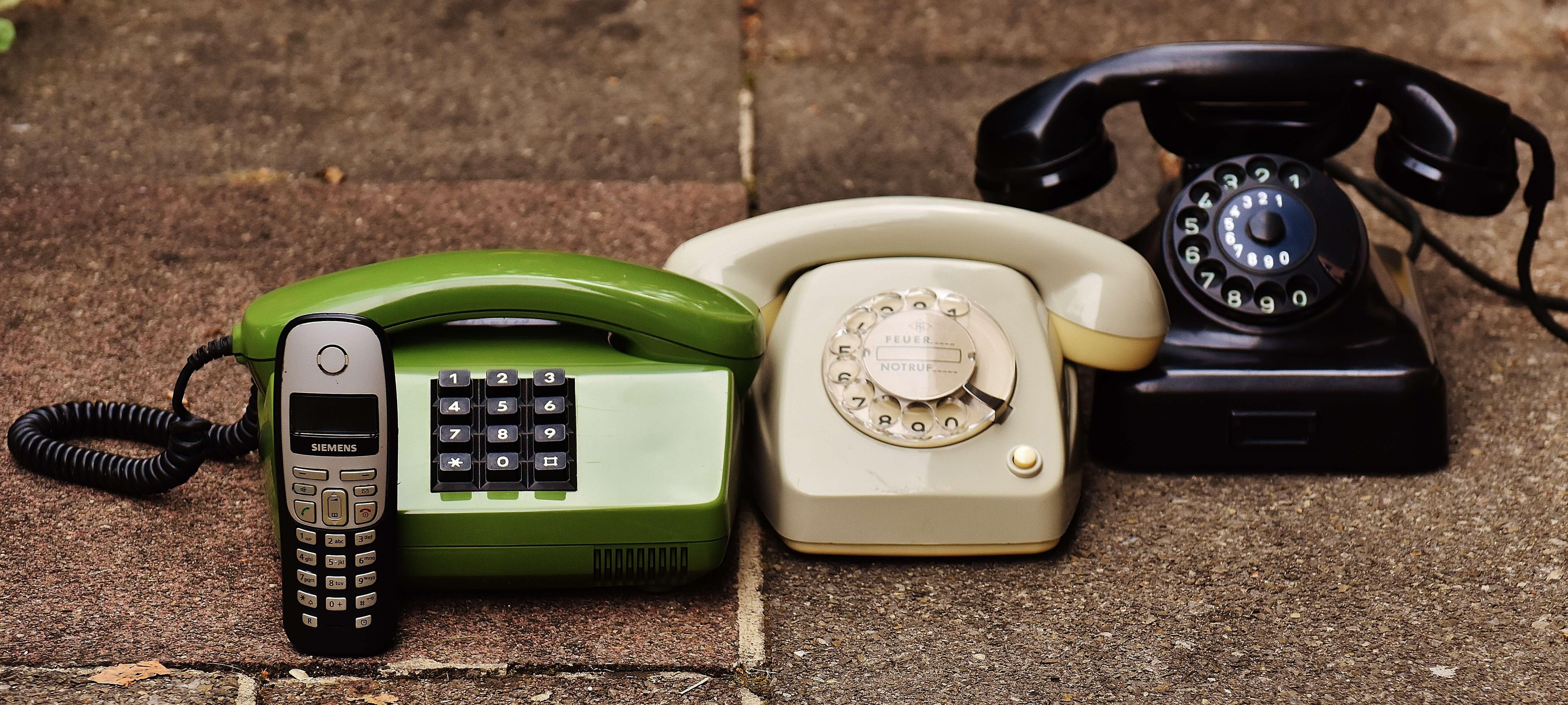 antique-business-call-207456